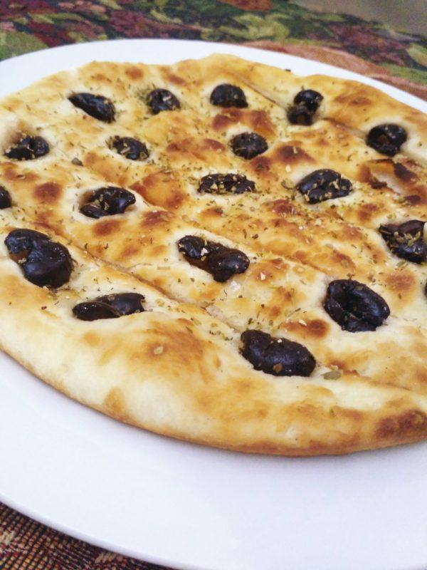 Foocacio with olives